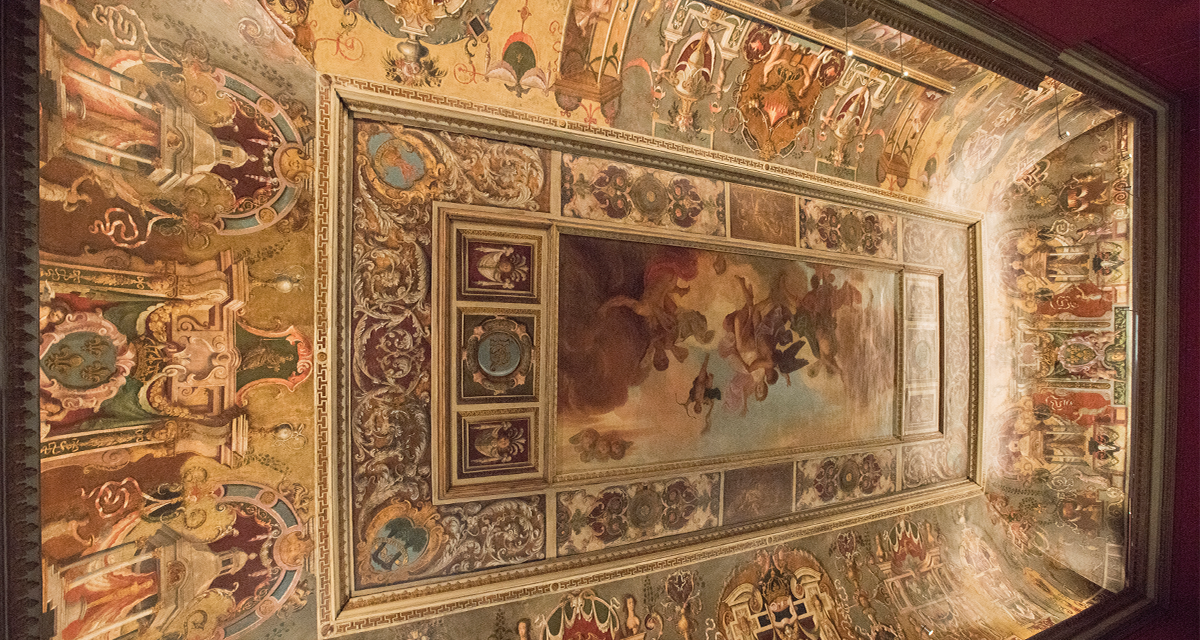 Queen's Presence Chamber ceiling