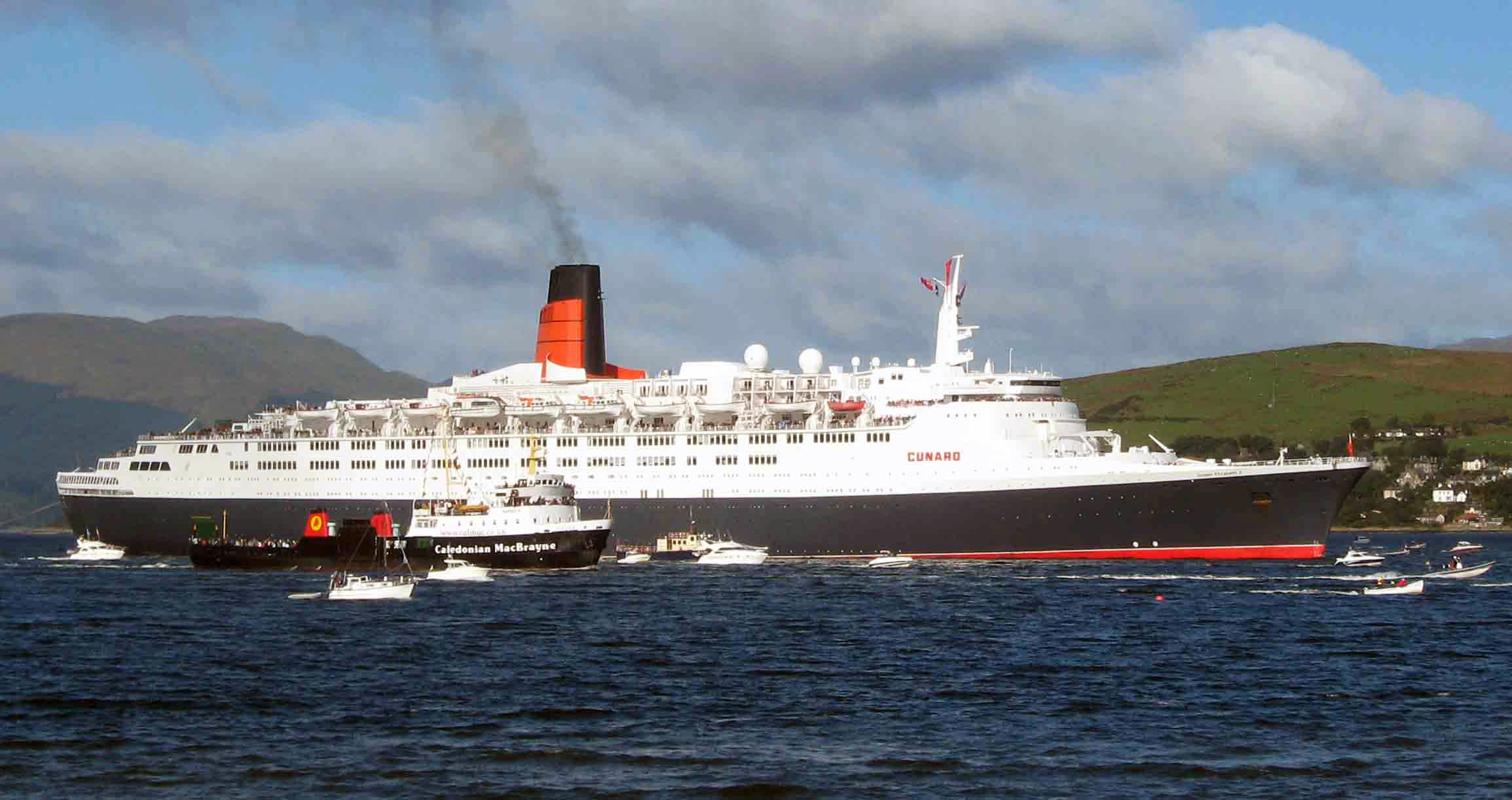 The Queen Elizabeth 2 Qe2 Explore Royal Museums Greenwich