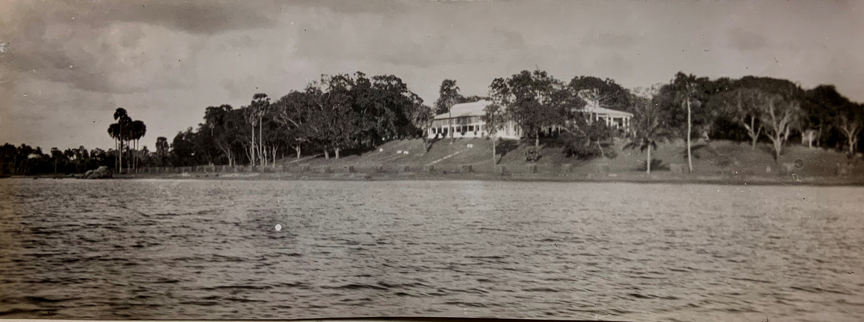 The view of Admiralty House from Trincomalee harbour