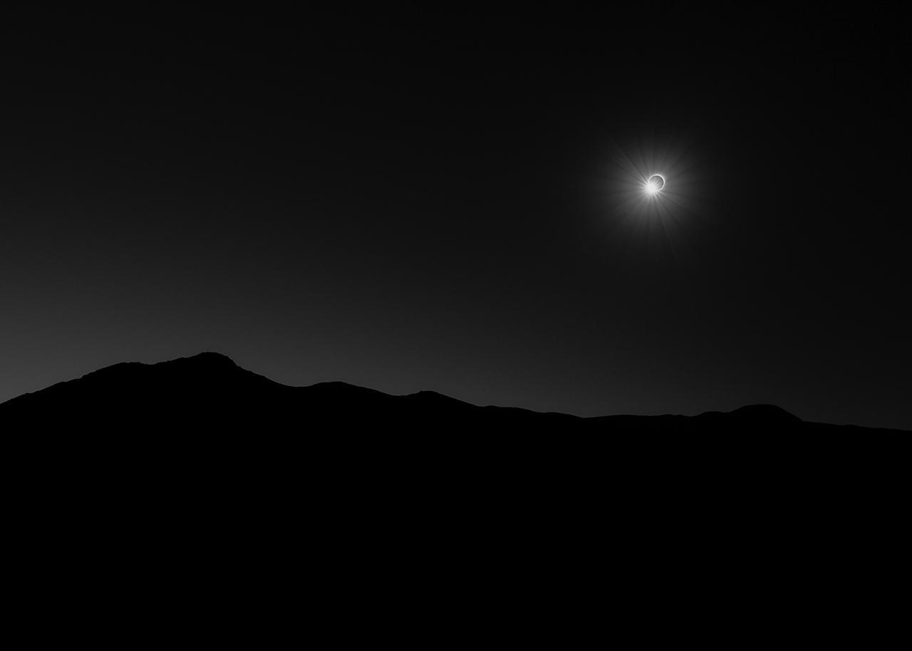 An image showing '145 Seconds of Darkness by Filip Ogorzelski'