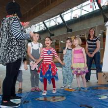 Image of children at Cutty Sark
