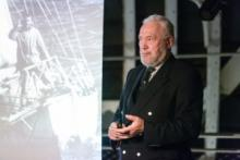The ship after hours. A talk by Sir Robin Knox-Johnston in the Studio Theatre in the lower hold of the ship © Cutty Sark Trust/Emile Holba
