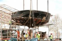 Work gets underway again post-fire. Counter at the stern is removed for conservation, April 2008 © Cutty Sark Trust