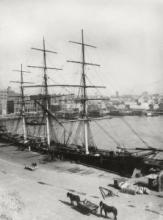 Cutty Sark at Circular Quay, discharging cargo in Sydney - 1890 © Cutty Sark Trust