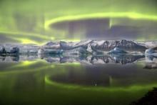 James Woodend, Aurora over a Glacier Lagoon