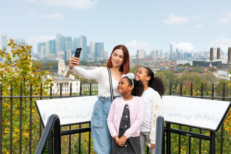 Family talking selfie at the Royal Observatory
