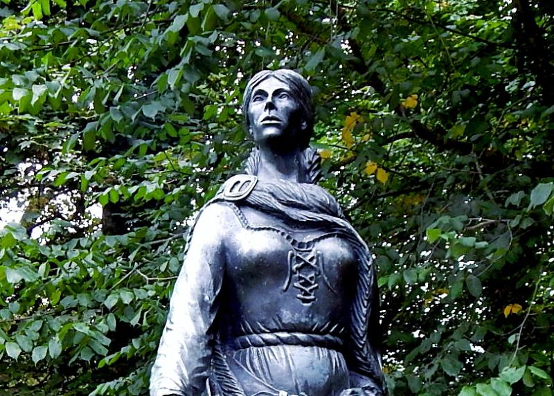 A statue of pirate Grace O'Malley